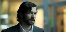 Michiel Huisman héros de The Haunting of Hill House sur Netflix